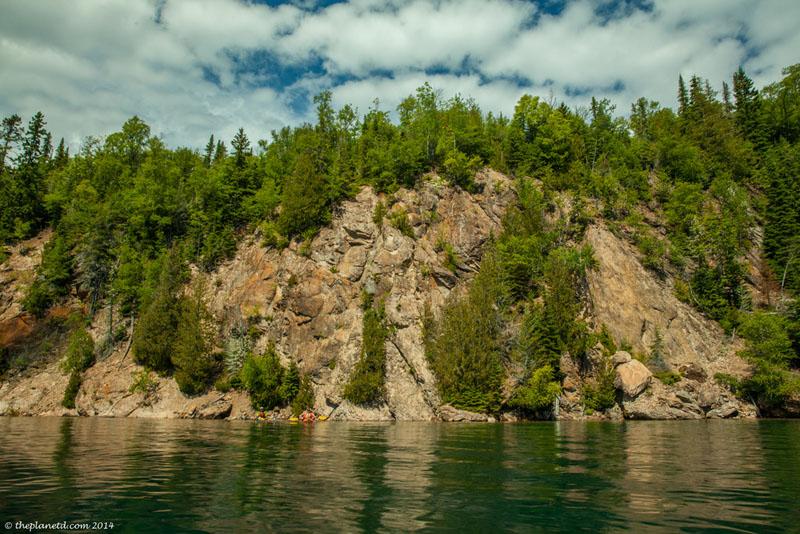 slate islands cliffs