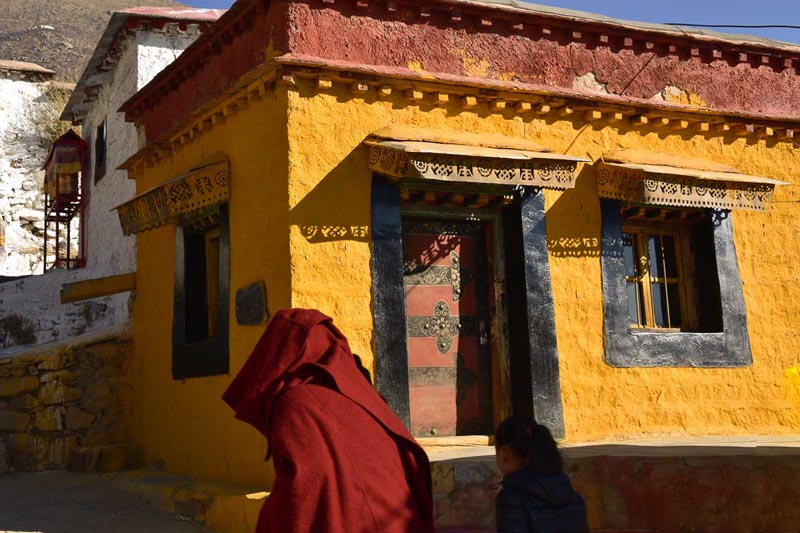 mon at tibet monastery