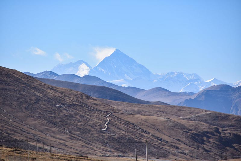 mount everest from tibet side