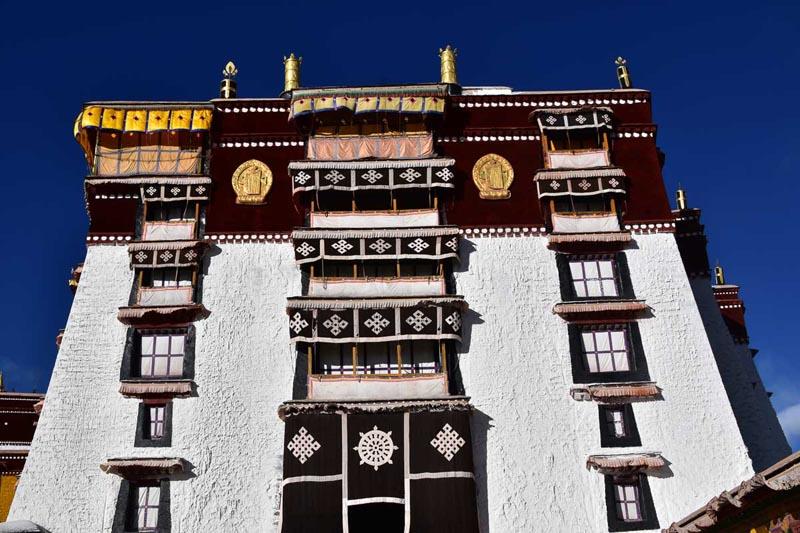 potala palaces tibet summer home