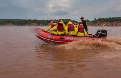 tidal bore rafting nova scotia