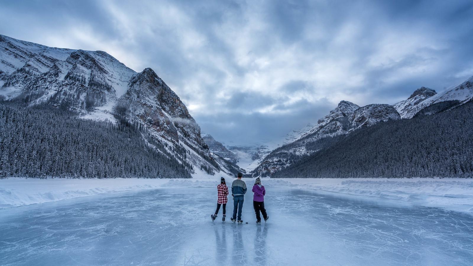 tips for travel alberta hockey