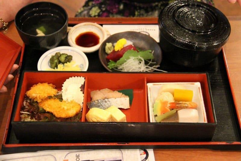 tokyo volunteer guide japanese food