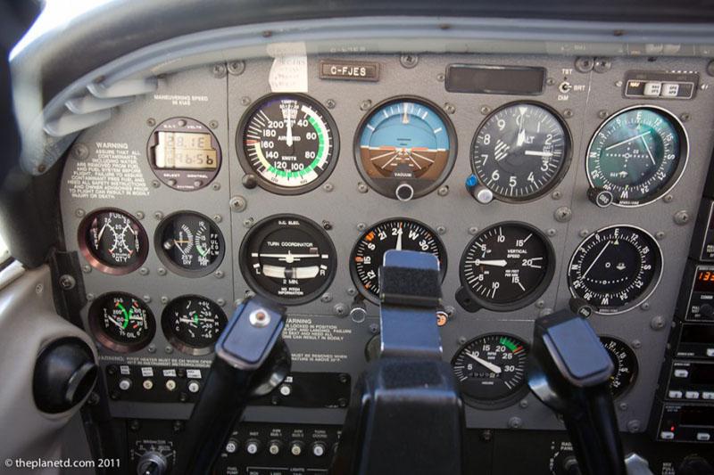 toronto scenic flight cockpit