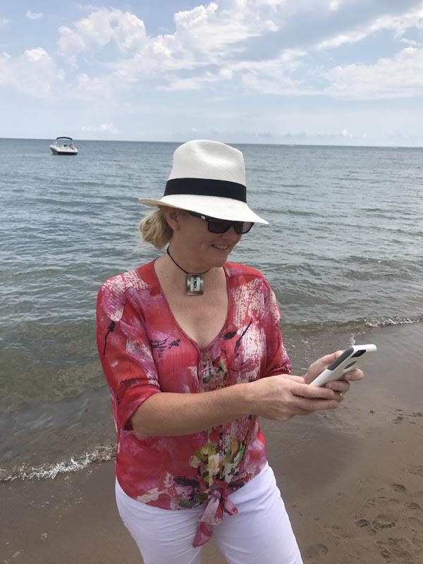 progressive lenses transitions at beach