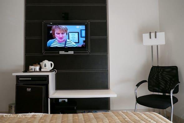 travel fatigue hotel room