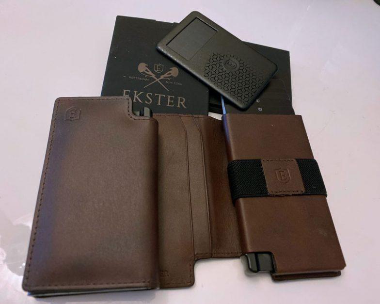 travel gadgets ekster smart wallet