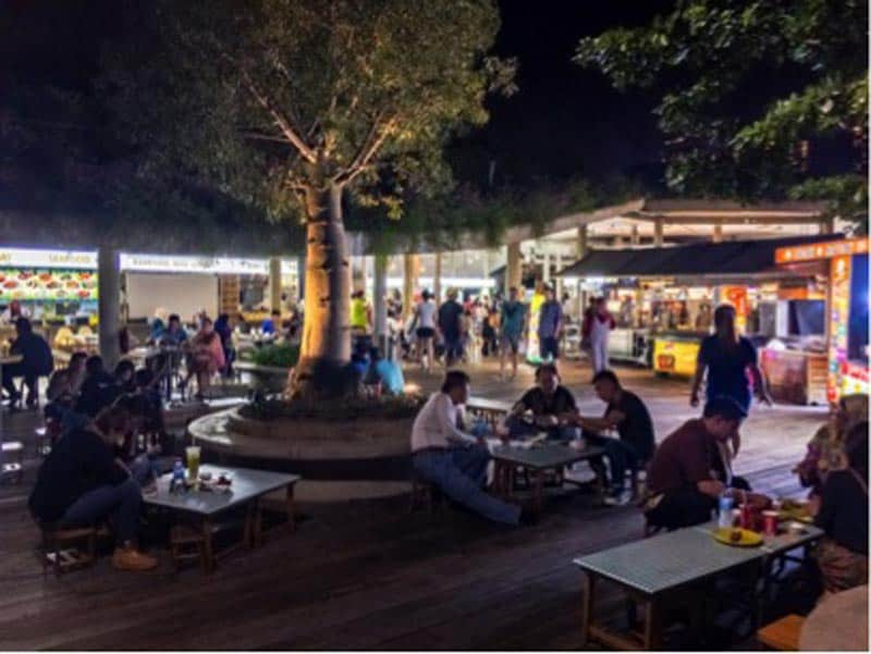 singapore travel outdoor dining