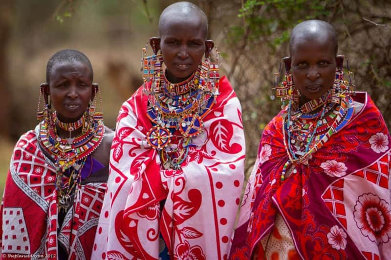 women on the masai mara in Kenya