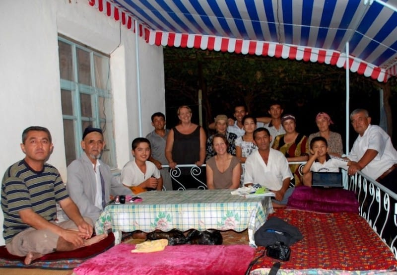 travel uzbekistan locals