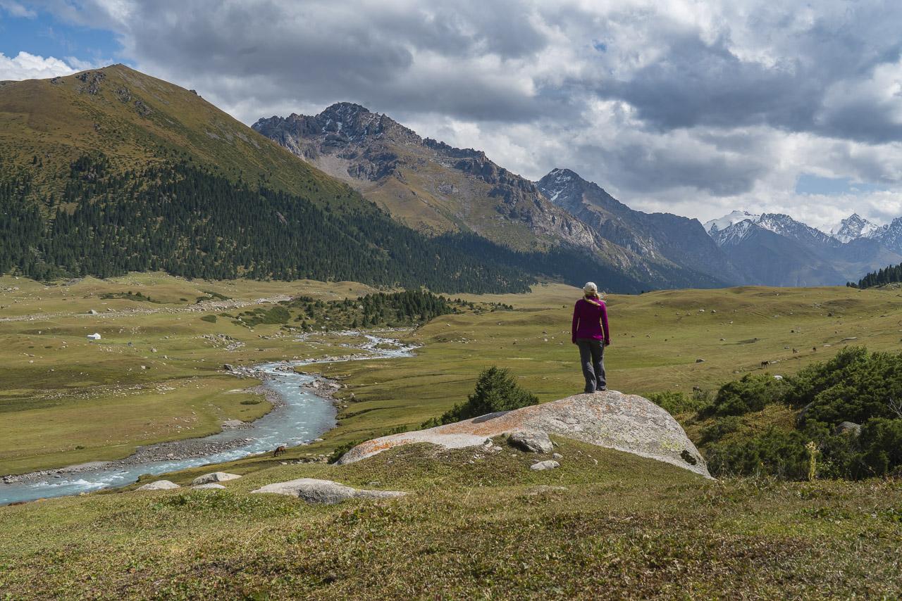 Kyrgyzstan Boz Uchuk to Ashuu Pass