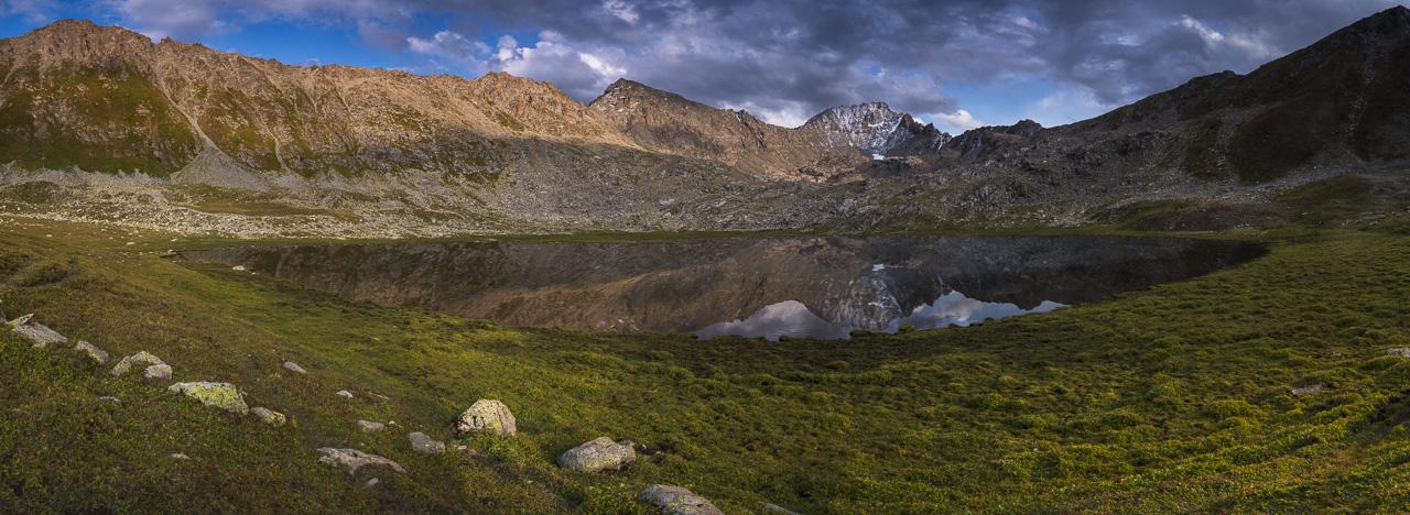 Boz Uchuk Lake trekking kyrgyzstan