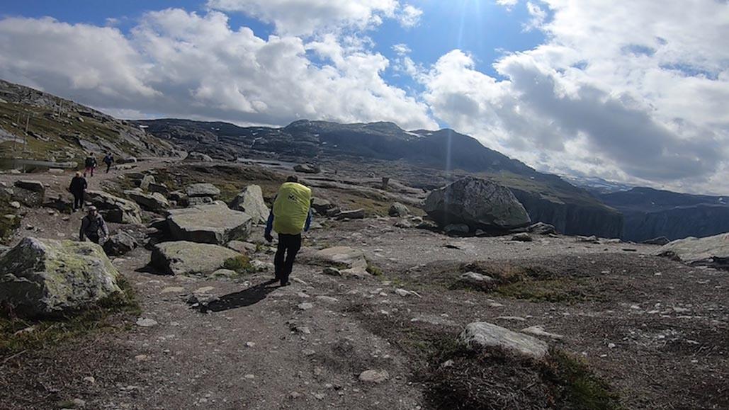 trolltunga hike featured image