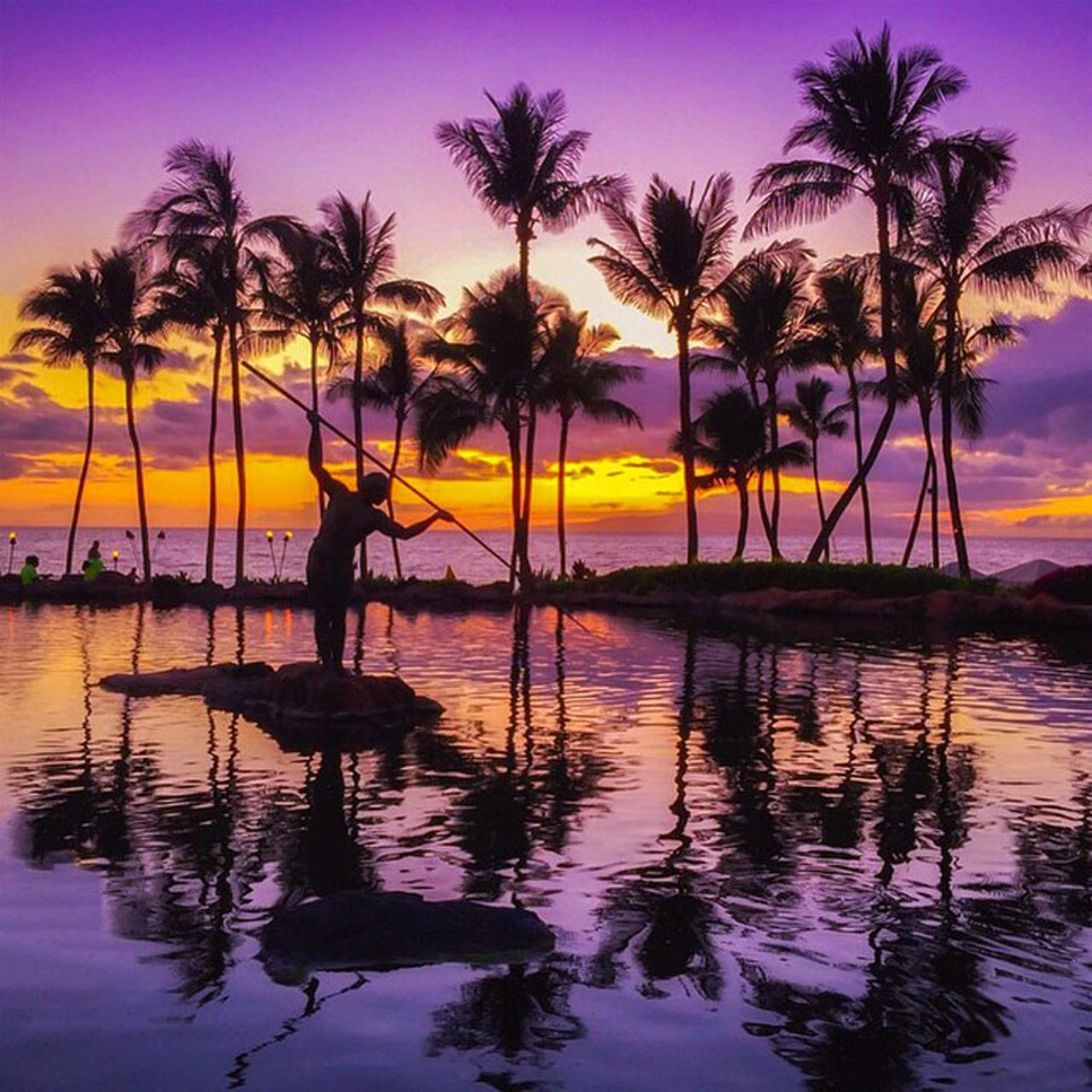 best island to visit in Hawaii | maui sunset