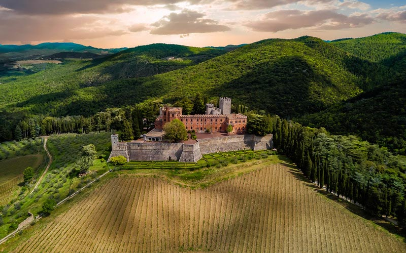 chianti classico for the best honeymoon vacation