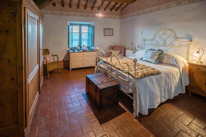 room at borgo argenina | tuscan villa stay