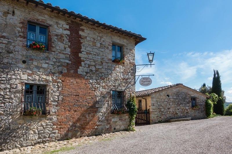 Tuscany villa entrance