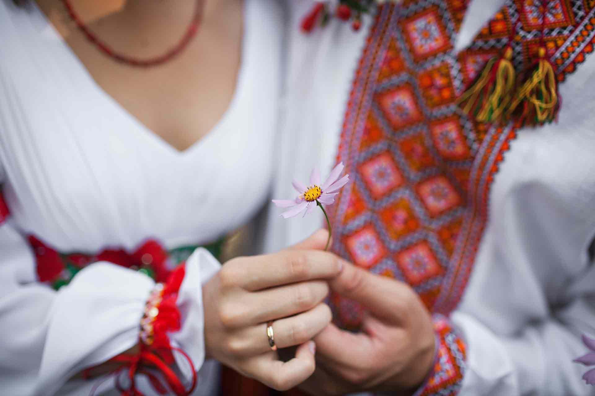 ukraine traditional dress