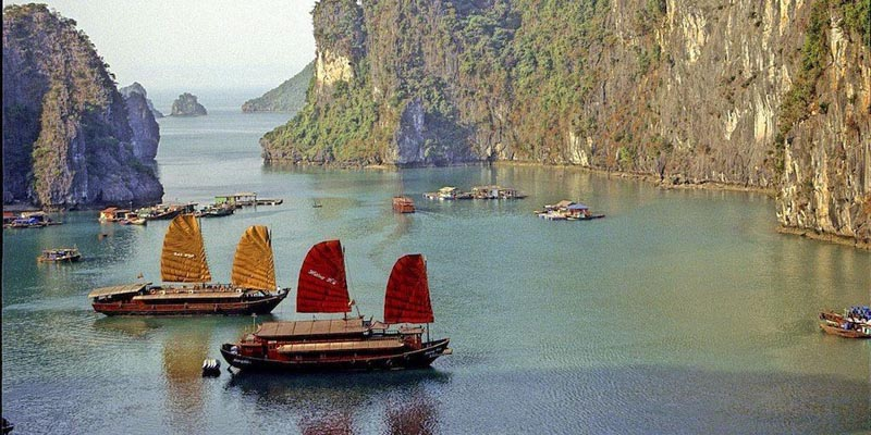 cruises in vietnam ha long bay