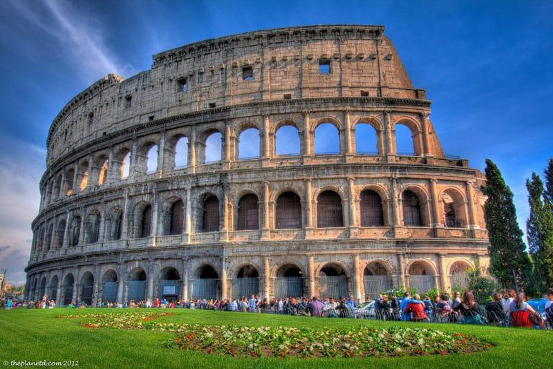 vegas landmarks colosseum
