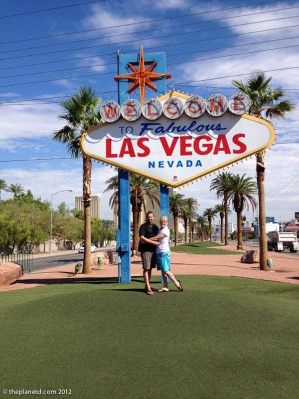 vegas landmarks sign