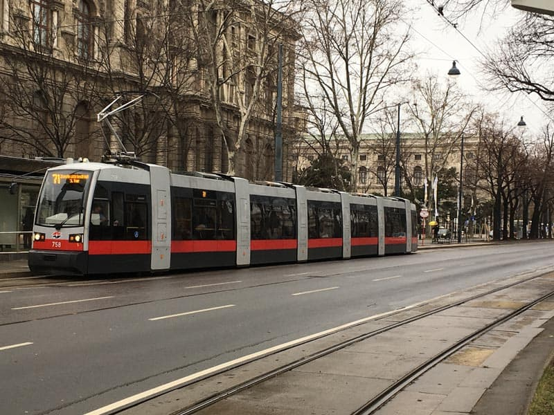 things to do in vienna take the tram