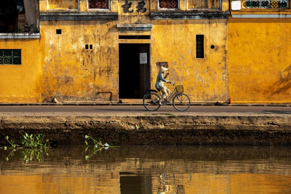 vietnam travel highlights bicycle in Hoi An