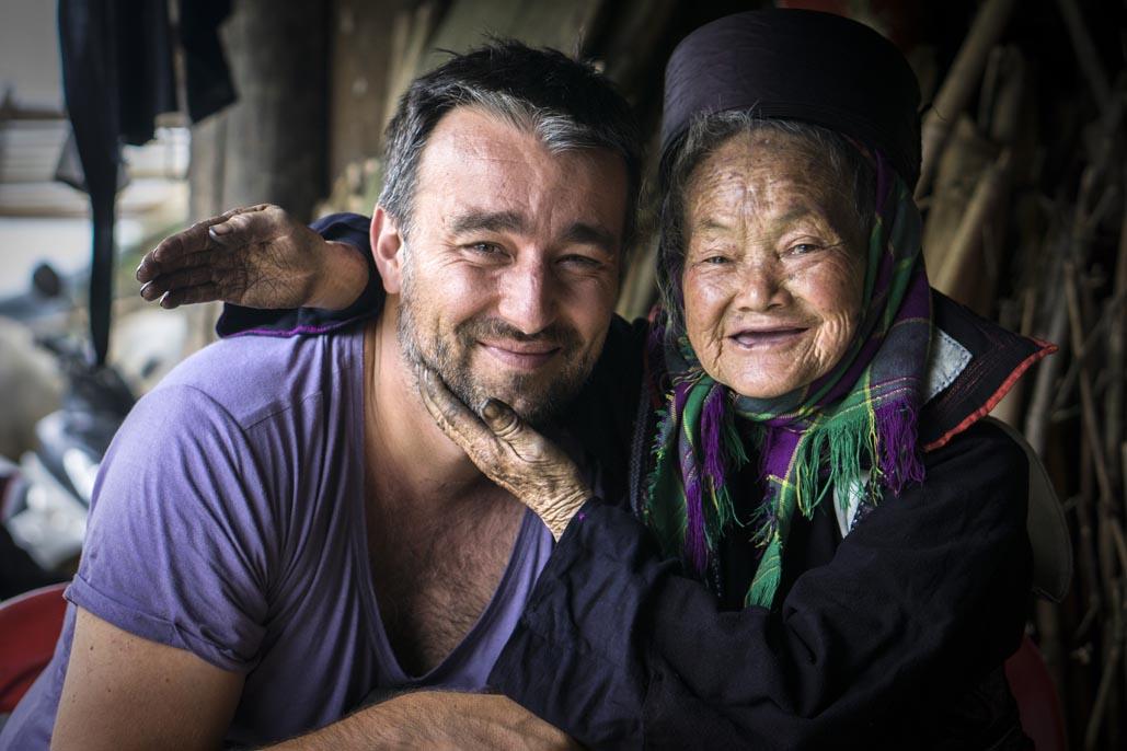 travel to vietnam photographer bio