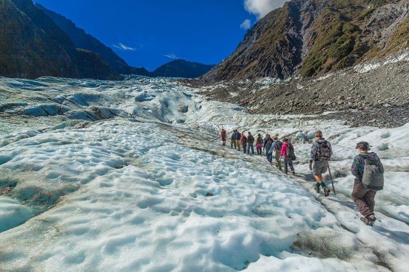 visit new zealand hiking