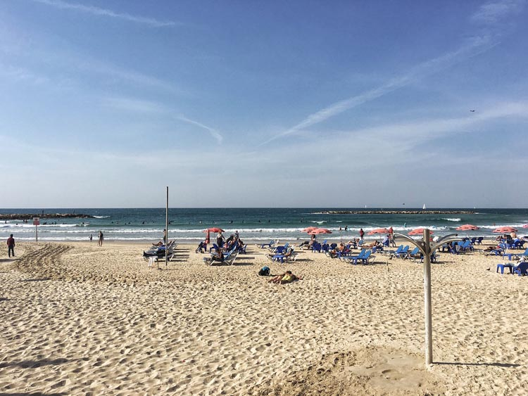 visit tel aviv for the beach