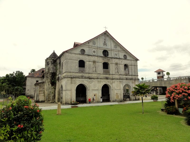 visit the philippines church