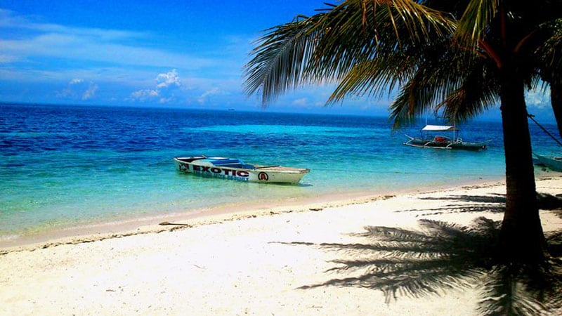 visit the philippines diving and beaches