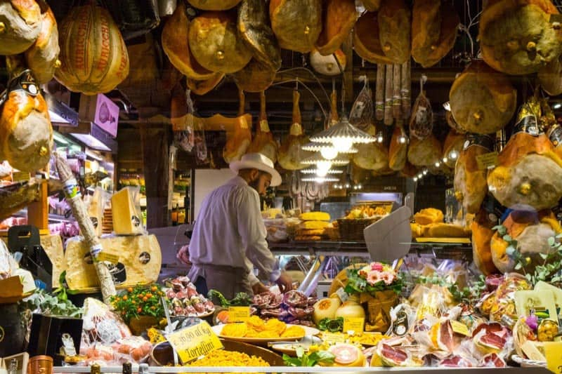 visit tuscany for the food