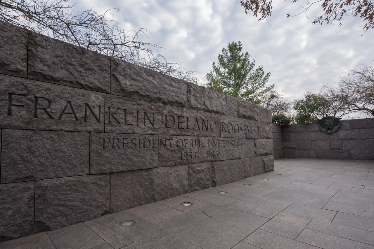 walking-tour-washington-dc-FDR-Memorial