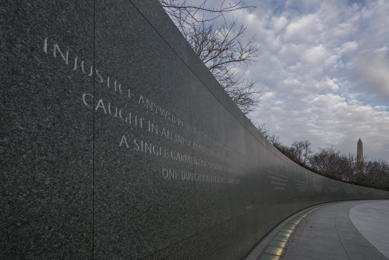walking-tour-washington-dc-Martin-Luther-King-Memorial