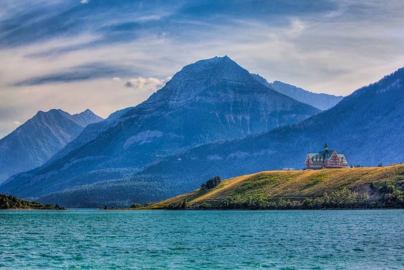 wales hotel in Waterton Lakes National park
