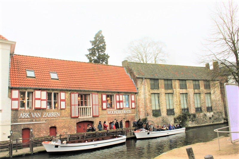 bruges on a budget canal cruise