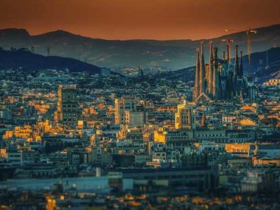 10 Fun Things to do in Barcelona at Night