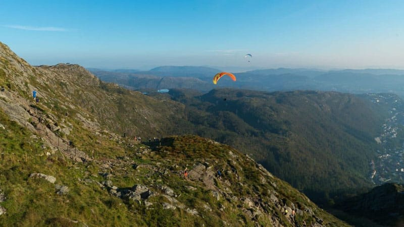 bergen things to do paragliding
