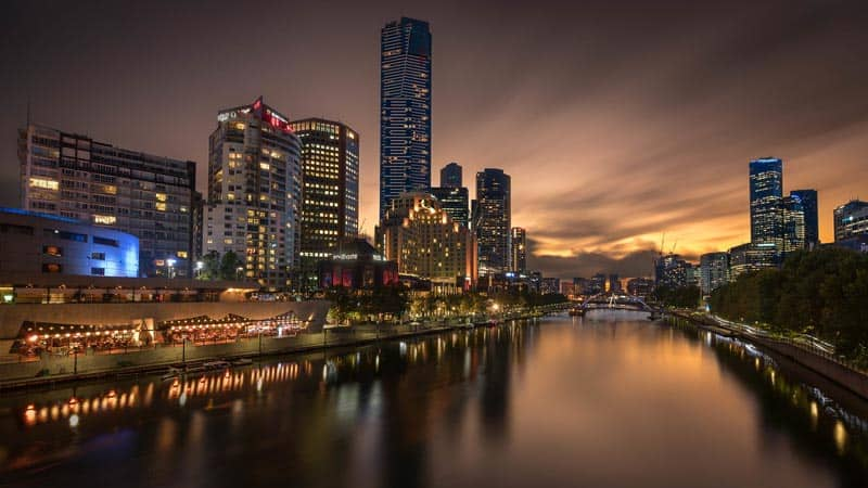what to do in Melbourne city at night