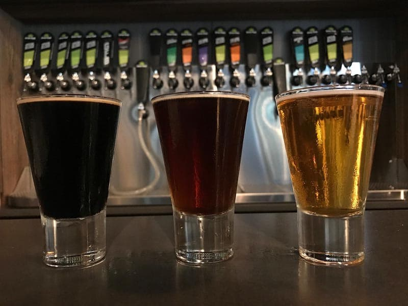 where to drink at Virginia Beach Green Flash beer