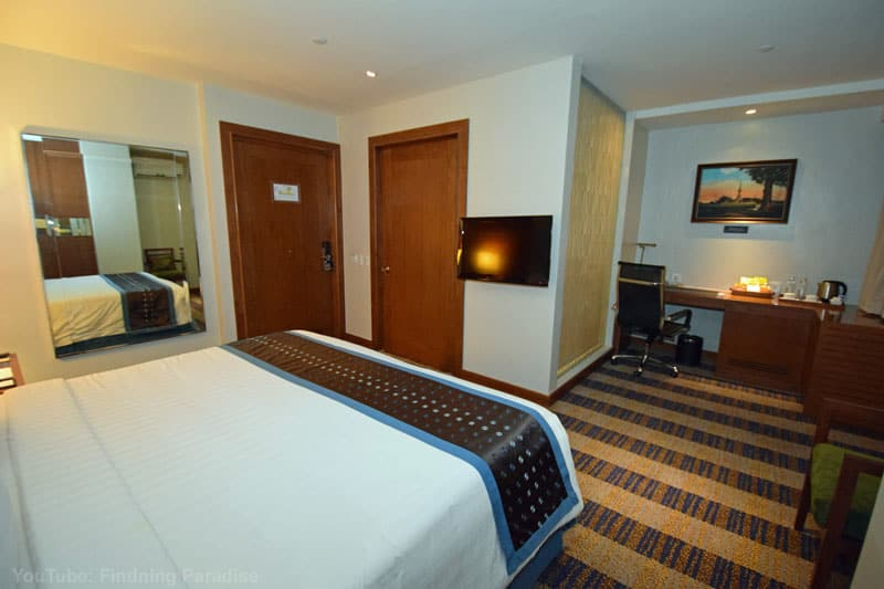where to stay in cebu philippines best western room