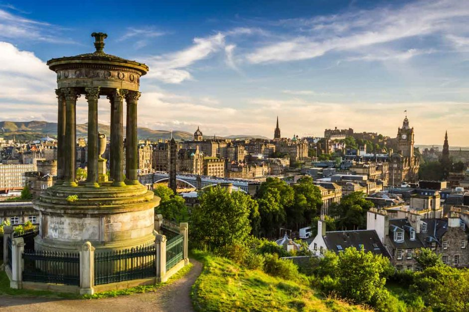 where to stay in edinburgh featured image
