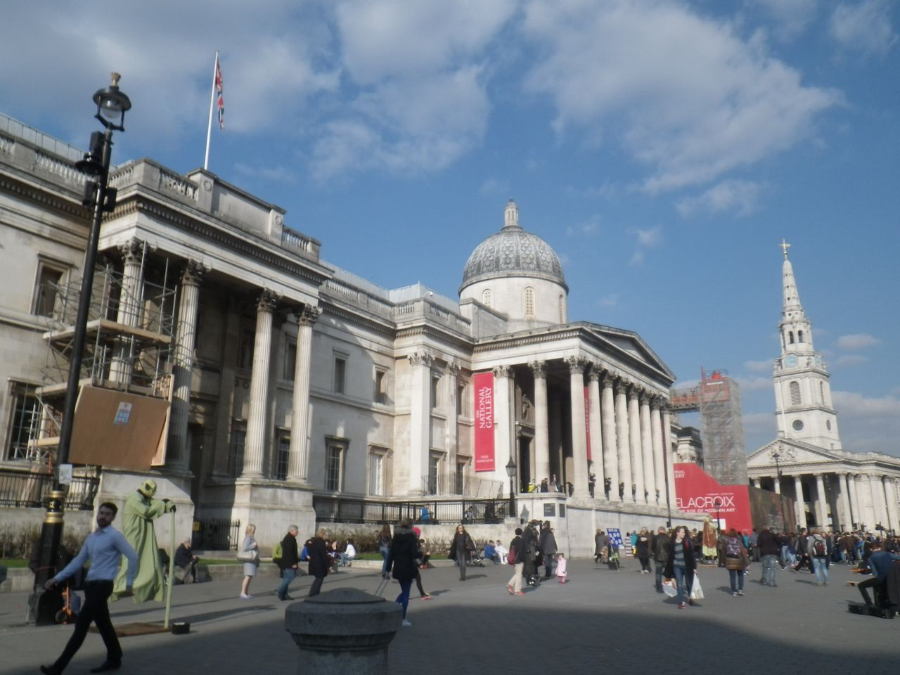 Where to stay in London National Gallery