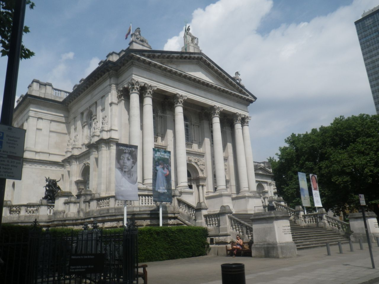 Where to stay in London best areas Tate Britain - just over the water from MI5
