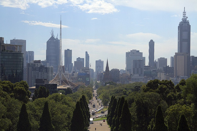 where is the best neighborhood to stay in melbourne