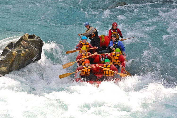 navigating class 5 rapids new zealand