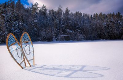 winter trekking tips snowshoes