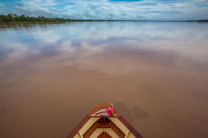 peru canoe river travel