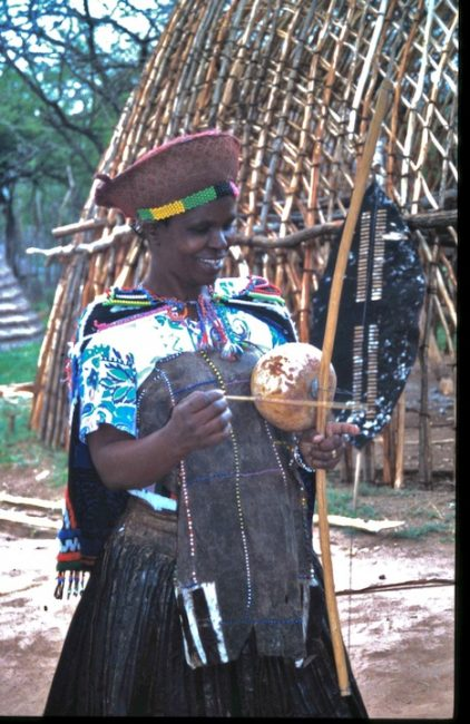 zulu-village-woman-instrument